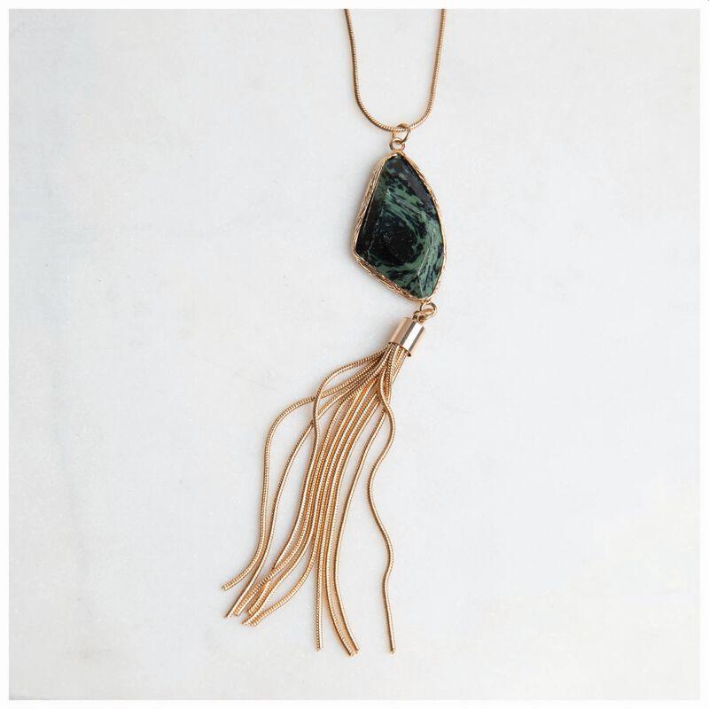 Asymmetric Stone & Chain Tassel Pendant Necklace -  gold-green