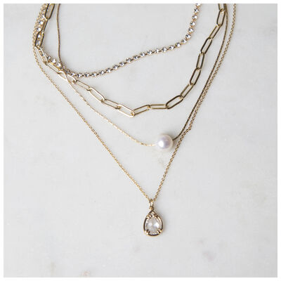 Freshwater Pearl & Layered Chain Necklace