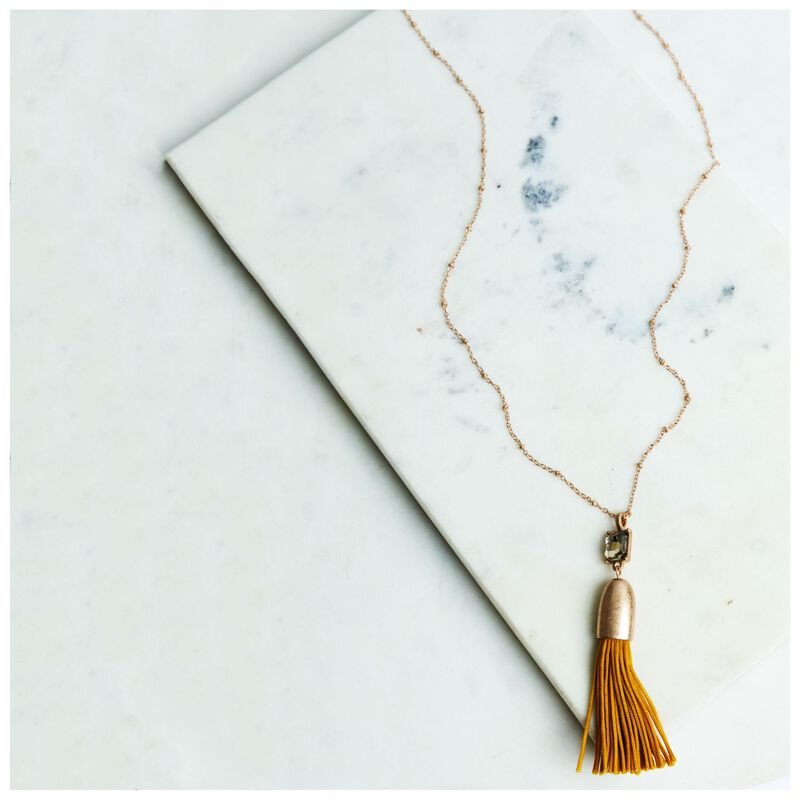 Tassel Pendant Necklace -  yellow-gold