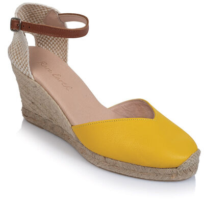 Rare Earth Valentina Wedge