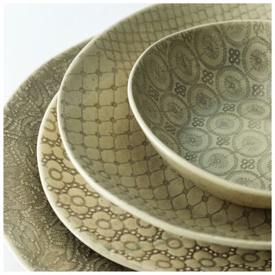 Wonki Ware 16-Piece Mixed-Patterned Dinner Set