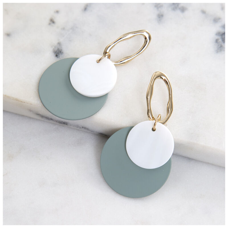 Overlapped Shell & Epoxy Drop Earrings -  mint-gold