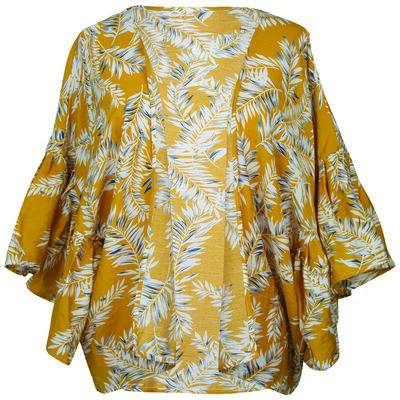 Daisie Short Flutter Sleeve Kimono