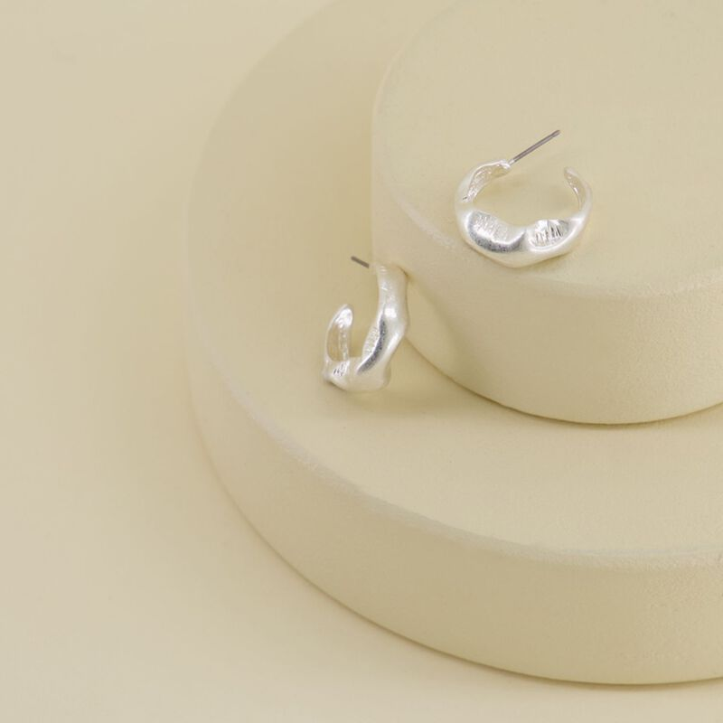 Scrunched Hoop Earrings -  silver