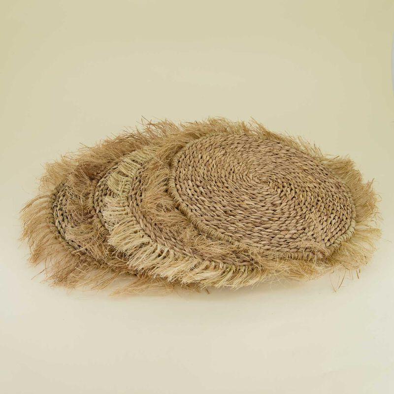 Frayed Seagrass Placemat Set -  nude