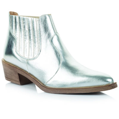 Rare Earth Celina Boot