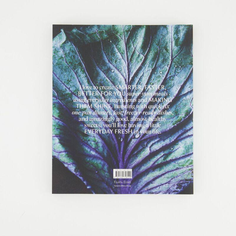 Donna Hay Everyday Fresh Cookbook -  c99