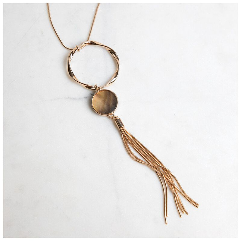 Shell & Circle Pendant Necklace -  gold-grey