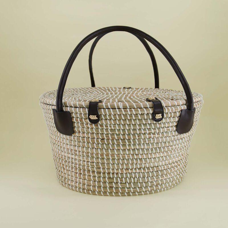 Picnic Basket  -  black-oatmeal